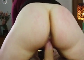 Big booty slut in reverse cowgirl