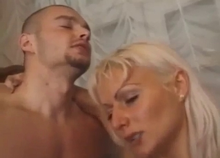 Tanned beauty enjoying extreme sex